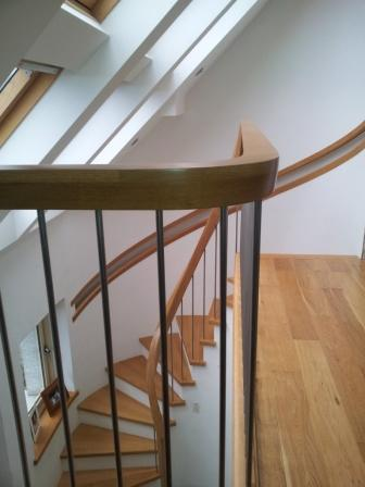 curved oak staits modern