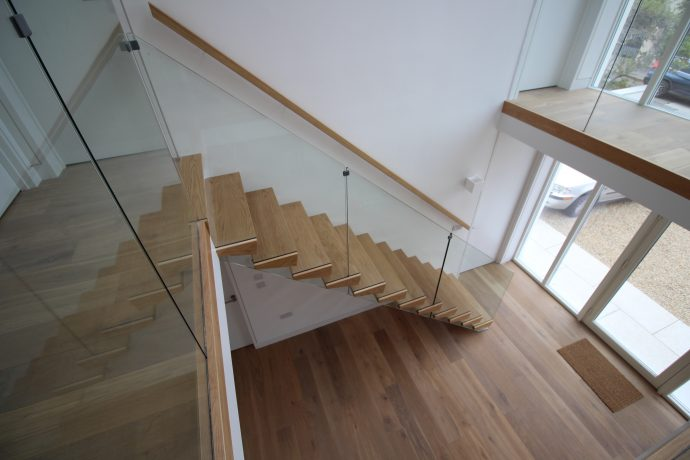 Floating Stairs in Oak
