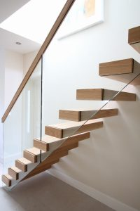 Floating Glass Stairs balustrade