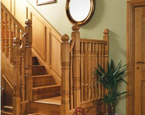 Traditional Hardwood Balustrade Stairs