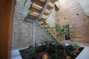 Mono string stairs ireland